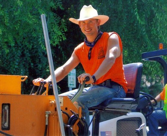 Photo of Dr. Norlin working for the City of Oregon City Public Works