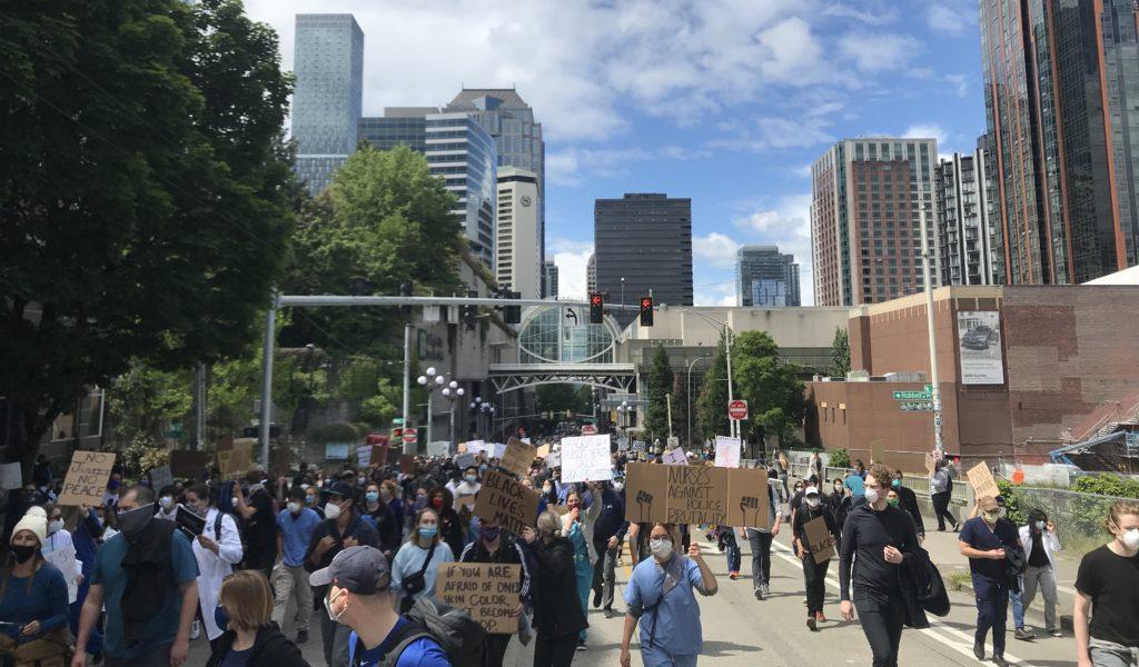 Foto do protesto de Seattle